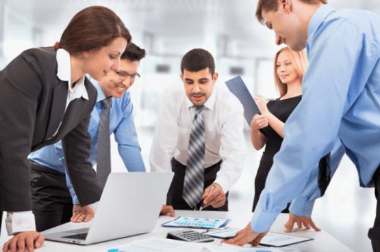 ERP para empresas - equipo
