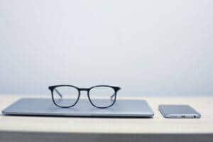 diseño web en valencia - gafas